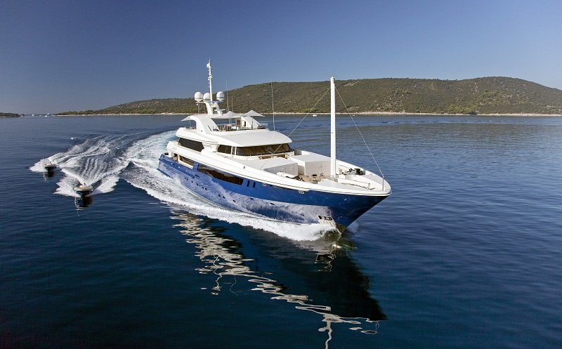 Bow view of mary Jean Luxury charter yacht