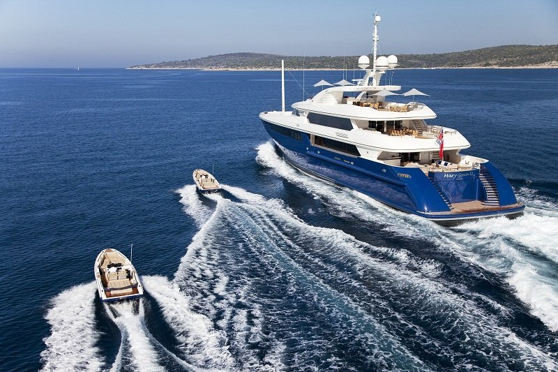 Stern View of mary Jean II Luxury Charter Yacht
